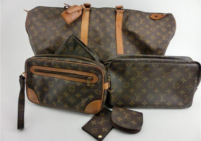 ブランド品からルイヴィトンのバッグなど複数点をお買取りさせて頂きました!