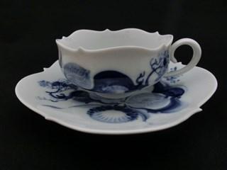大阪・奈良で西洋陶磁器,ブランド食器など リヤドロ,ロイヤルコペンハーゲン,バカラ,マイセン,ヘレンド他のお買取りは蔵屋橘へどうぞ
