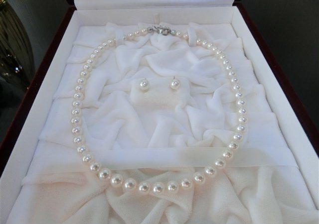 大阪市阿倍野区のお客様から真珠ネックレス・イヤリングセットをお買取りさせて頂きました!